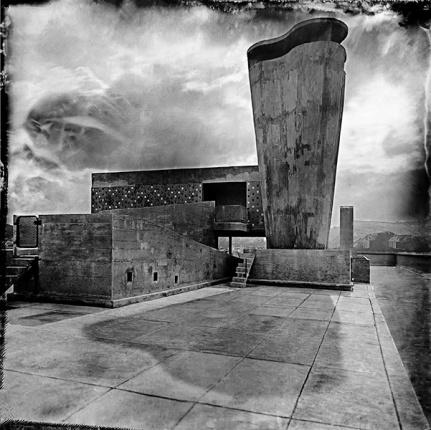 Série : Le retour de l'ambrotype au corbusier