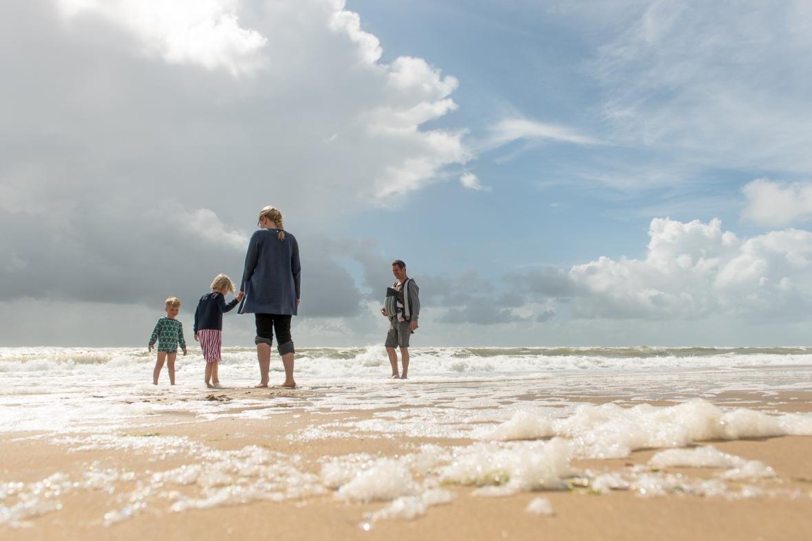 Famille sur plage de Ronce les bains